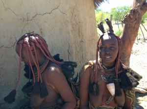 2 Himba women